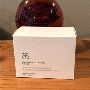 Arbonne Nightly Resurfacing Pads & Solution